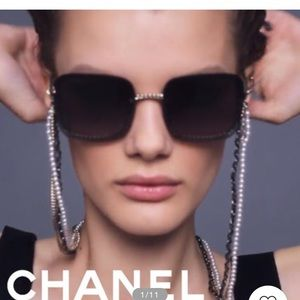 """$585. Current """"2019"""" Style Stunning Chain Sun NEW!"""